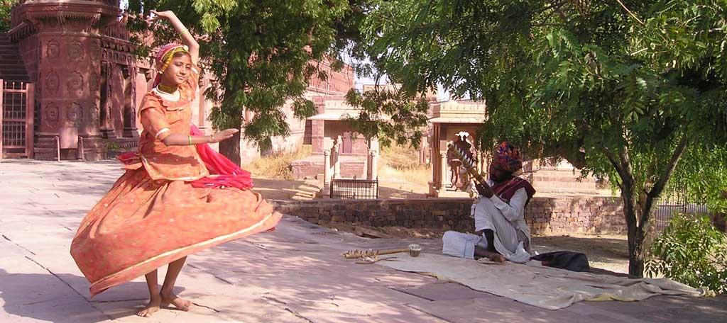 Indischer-Tanz Ich bin Christus Botschaft Jesus von Nazareth Sohn Gottes Christus-Prinzips Wahrheit Frieden Weisheit Büchern Rituale Dogmen Glaubensbekenntnissen Formeln Einweihungen Priester Propheten
