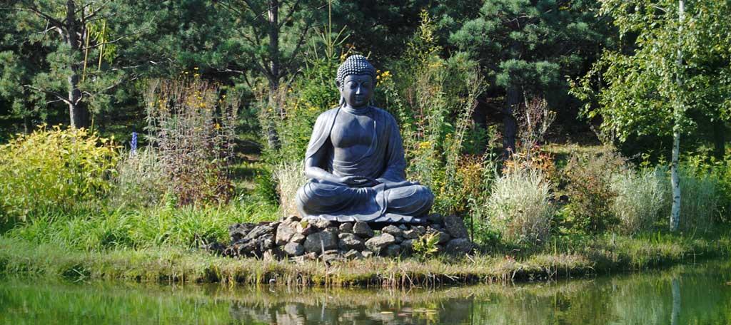 grosse-Bhudda-Statue Gott Schule für Bewusstsein Bewusstsseinschulung Universum Erlösung Erkenntnis Lösung Schlüssel Seele Geist Bewusstsein göttlich Kosmos Verstand Schulung Wahrnehmung